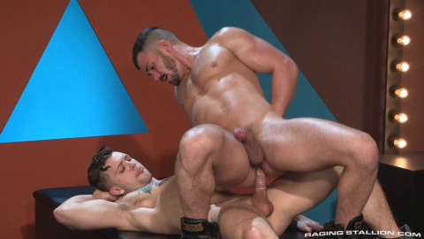 rs - Sebastian Kross fucks Brogan Reeds asshole