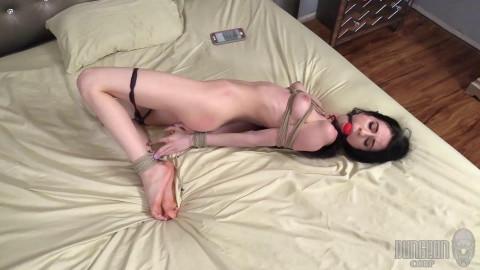 Earning Her Keep - Amber Wildee