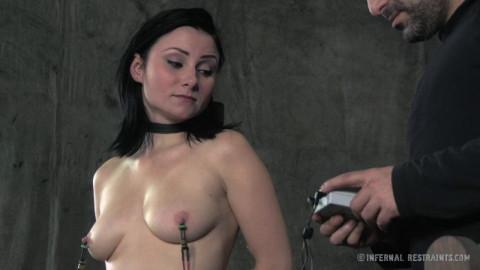 InfernalRestraints - Veruca James - Pussy On The Pole
