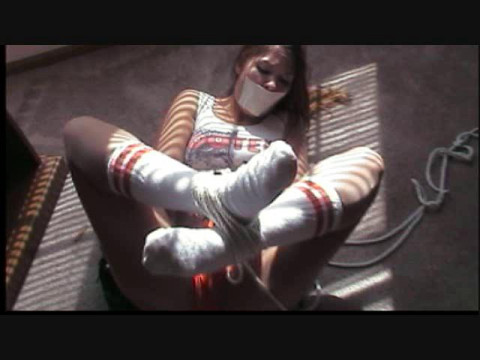 Anna lee restraint bondage mistake for hot hooters lady