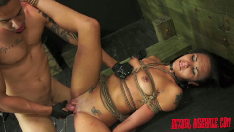 Isa Mendez Sexual Disgrace Pumped For Punishment (2015)