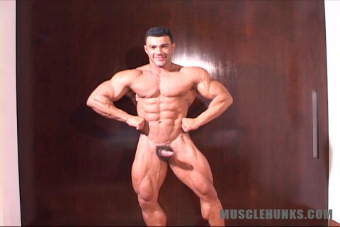 MuscleHunks - Franco Ferrara - Reasons To Smile