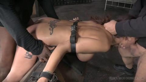 Live SB Show Part 11 - Syren De Mer # 2 (10 Feb 2014) Real Time Bondage