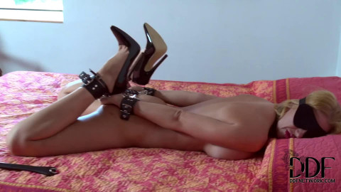 Tight bondage, domination, hogtie and torture for sexy model HD1080