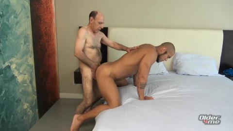 Older4Me - Porn Star Meets Daddy Ricaute, Turhan