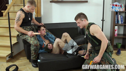 Horny Soldiers - part 02