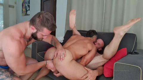 Thebeardx and reykong Threesome