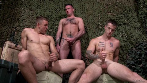 Relax fuck with three soldiers