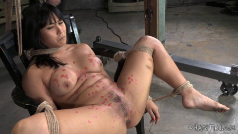 First Bondage For Exotic Asian Beauty