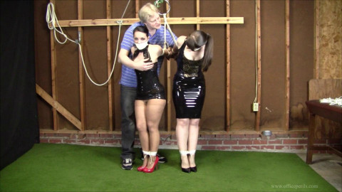 Michelle Petite & Elizabeth Andrews - Day Dreaming animalism the Office 31