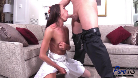 Amanda Bell - Two Lovers Get After It In The Honeymoon Suite