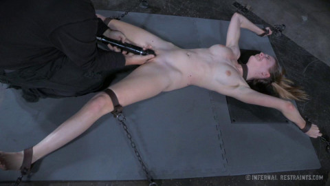 Ashley Lane Orgasmageddon (2015)