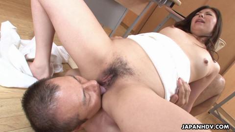 Hot Teacher Jun Sena scene1