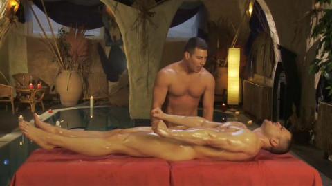 Genital massage / Gay-Tantra - The Multiple-Orgasmic Genital-Massage