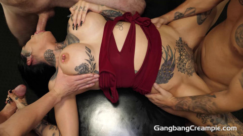 Creampie Orgy For Tattooed Babe Janey Doe