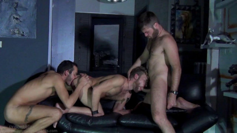 Bareback lad punishment leaves juvenile wench moist with cum - part 1