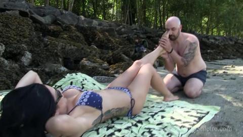 Miss Jasmine - Lifes a Beach and a Bitch - Full HD 1080p