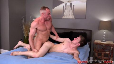 Jacob Durham Fucks Oliver Saxon Raw 1080p