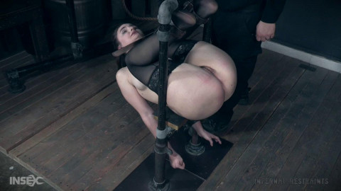 Ir luci lovett - luci loves it - Extreme, Bondage, Caning