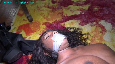 Ebony maitresse tied with male obedient