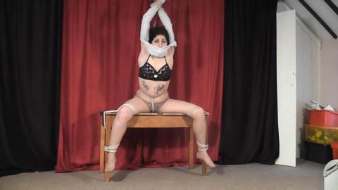 Fern Likes Rope