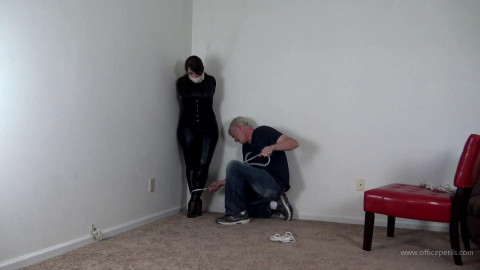 Elizabeth Andrews - Domme Tightly Bound and Gagged