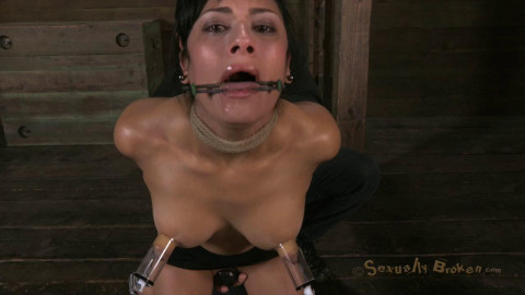 SB - Hot Cougar with a deep throat, Huge nipples and shaved pussy - Feb 13, 2013