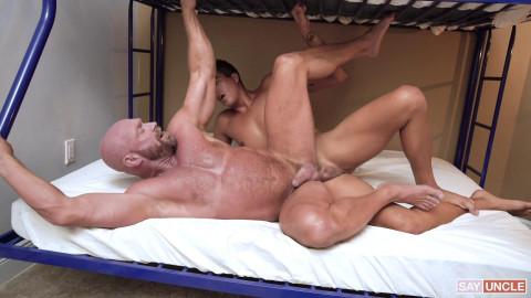 Cum Before Bed: Killian Knox, Johnny Bandera Bareback