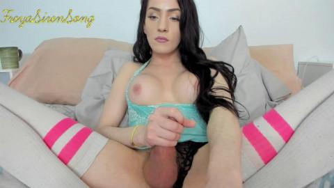 Pretty Freya Siren Song Masturbates And Cums