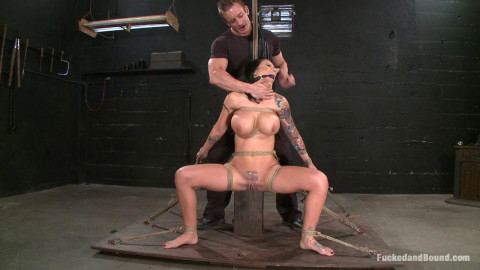 Tough, Sexy, Obedient(Mason Moore, TJ Cummings)