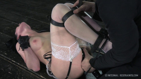 Pussy On The Pole Veruca James