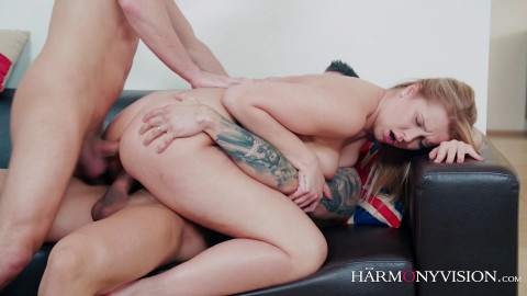 Nikky Dream - Fill All My Holes and Make Me Scream