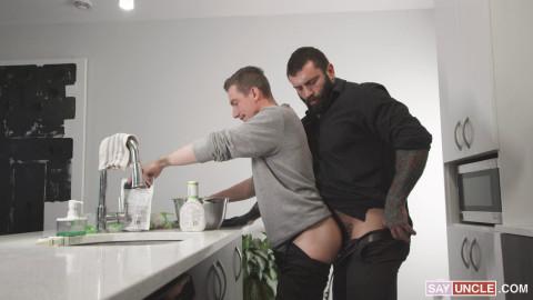 SayUncle - William Moore and Markus Kage