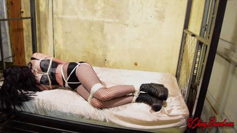 Vesper Goth Hogtie