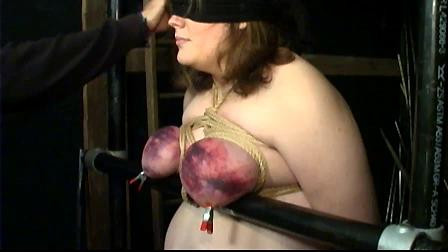 ExtremeTorture - Tits in Trouble