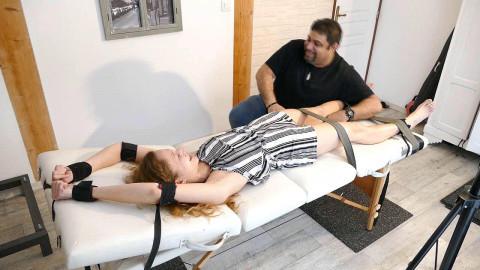 HD Bdsm Sex Videos Loue Endures A Long Punishment On The Table