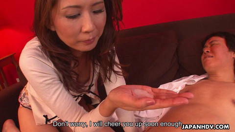 Yoshioka nanako is pleasuring her step- son with her lips