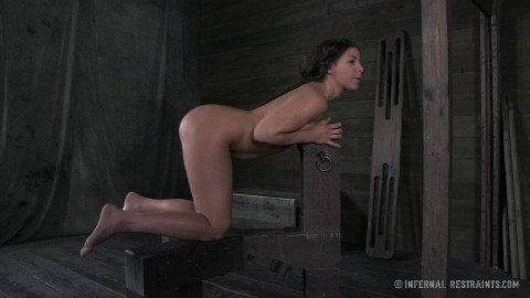 IR - Dungeon Slave Part 2 - Mia Gold - HD