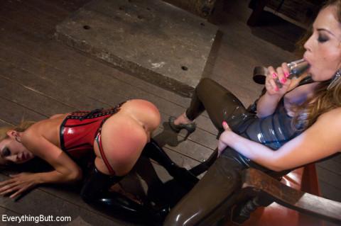 Anal Sluts: Amy Brooke and Kristina Rose