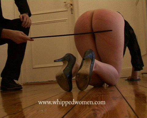 ExtremeWhipping - December 13, 2013 - French- Aupair