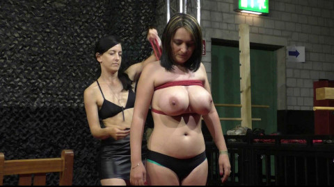 Breastslave S. at BoundCon XIV - Part1