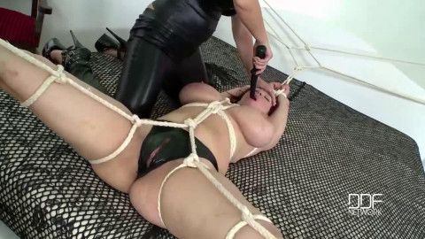Tight tying, spanking and torment for very sexually excited wench part 2