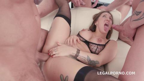 Fucking Wet 4on1 with Betty Foxxx Dap Balls Deep Anal