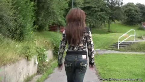 kayla-dildo pants public dp part2