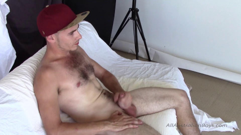 Girth Gets Sucked by James - allaustralianboys