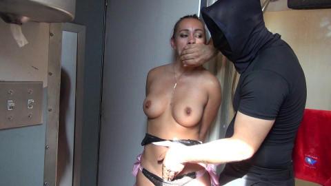 Kiera in Bondage Criminal Evaders - Staying One Step Ahead