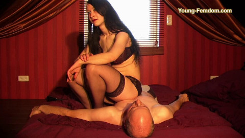 Young-femdom - Monas first Time