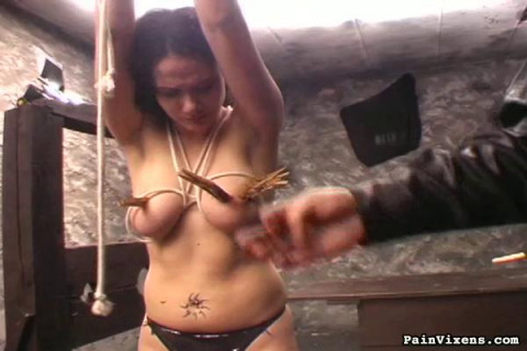 Lashing her body and clamp nasty braket onto the nipple and wincing pussy