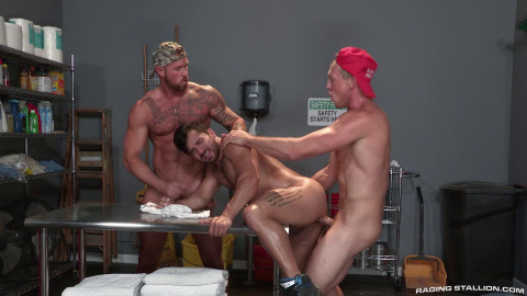 RS - Gun Show (Bruno Bernal, Michael Roman, Pierce Paris) 1080p