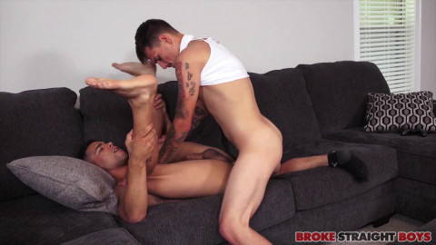 Jake Spencer copulates Ricky Daniels anal opening 1080p